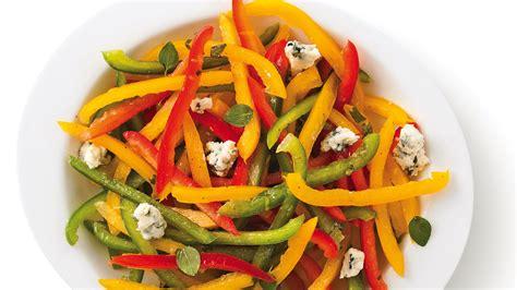 poivron cuisine poivrons en salade au fromage bleu recettes cuisine et