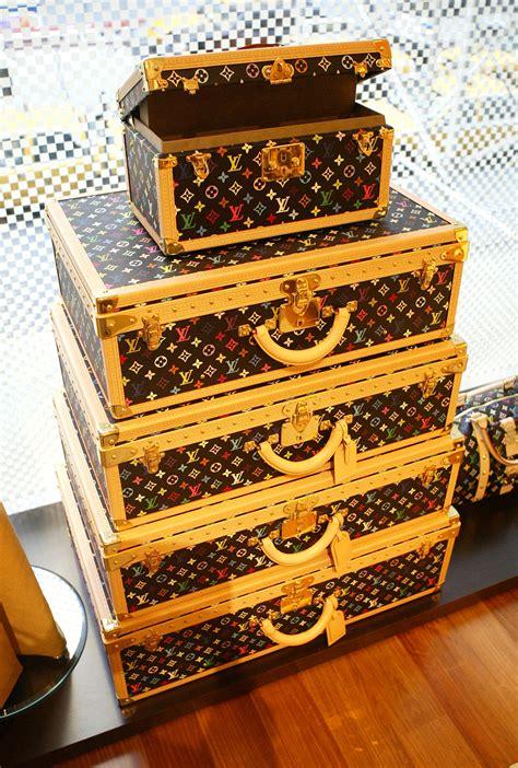 louis vuitton luggage designer vintage