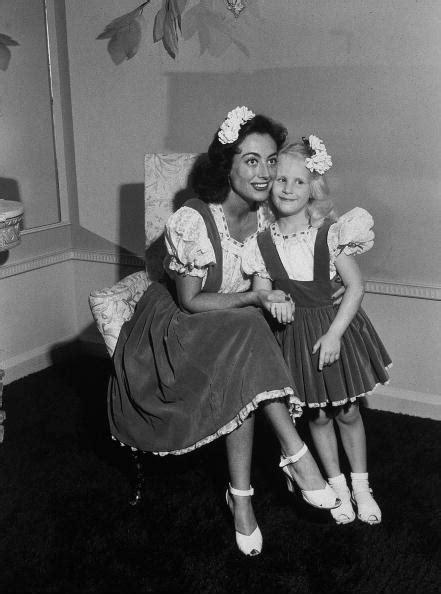 Joan Crawford and daughter Christina | Joan Crawford