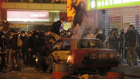 hong kong lunar  year celebrations erupt  violence