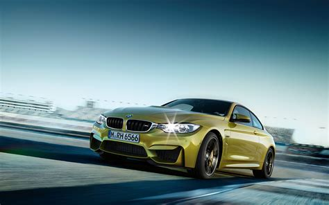 Bmw M4 Coupe Wallpapers by 2015 Bmw M4 Coupe F82 Official Specs Wallpapers