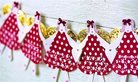 kirstie allsopp s crafty christmas don t buy decorations make your own daily mail online