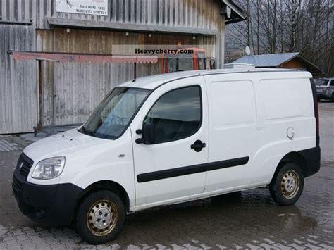 Fiat Doblo Cargo Maxi 2006 Box-type Delivery Van