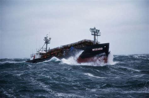 deadliest catch boat sinks 2013 newhairstylesformen2014 com
