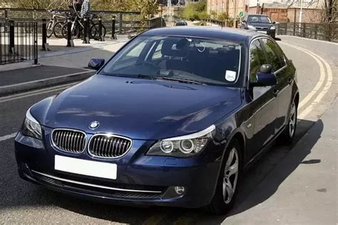 Why Do The U.s. And The U.k. Use So Many Undercover/unmarked Police Vehicles?