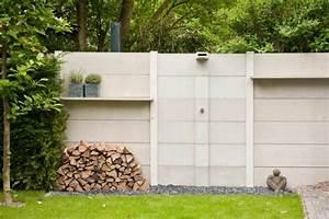 Beton Pflanzkübel Als Mauer : beton mauer garten holz rasen dusche z une pinterest terrasse und garten ~ Udekor.club Haus und Dekorationen