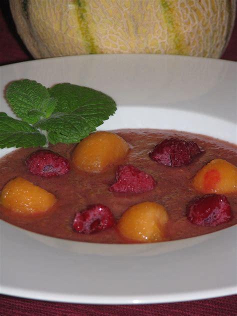 soupe de melon dessert soupe de melon et framboises la cuisine et les voyages de pripri