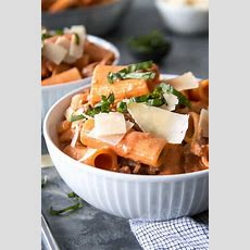 Countrystyle Rigatoni With Italian Sausage And Peas