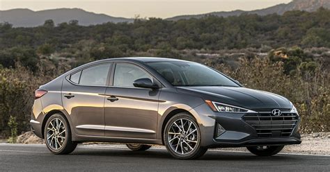 2019 hyundai elantra limited look 2019 hyundai elantra sedan preview ny daily news