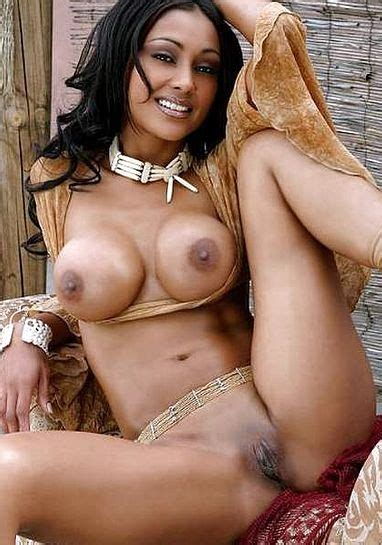 Hot Collection Desi Bhabi Girls Full Naked Boobs Porno Images