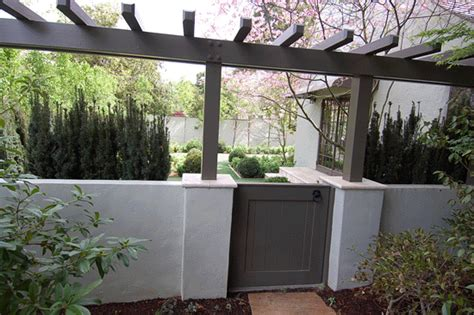 stucco fence ideas love this stucco fence gate and t arbor in palo alto backyard pinterest front courtyard