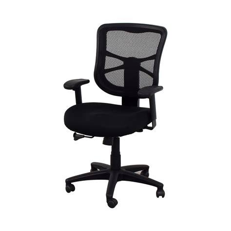 desk chairs staples 53 staples staples adjustable desk chair chairs