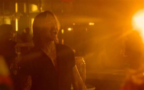 Keith Urban Parties Up A Storm In 'never Comin Down' Music