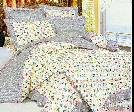 louis vuitton comforter set louis vuitton bed set bedding sheet bedspread set 11