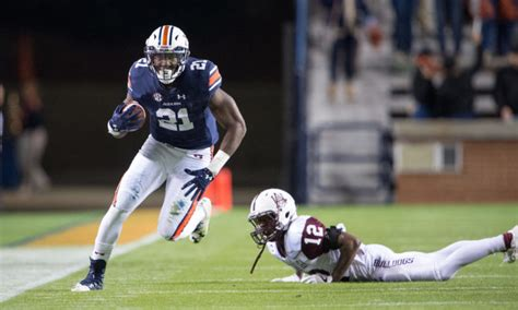 kerryon johnson announces  hes heading  nfl draft