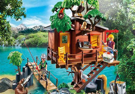 hot  reg  playmobil adventure tree house set