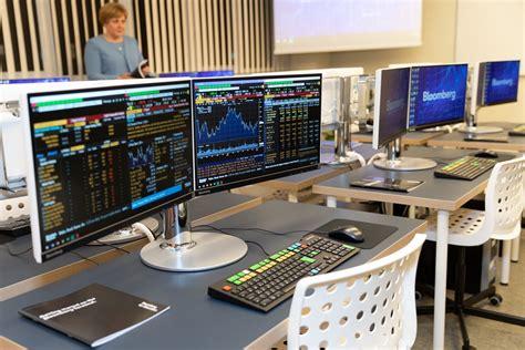 RTU modernizē studiju vidi ar finanšu, biznesa un vadības ...