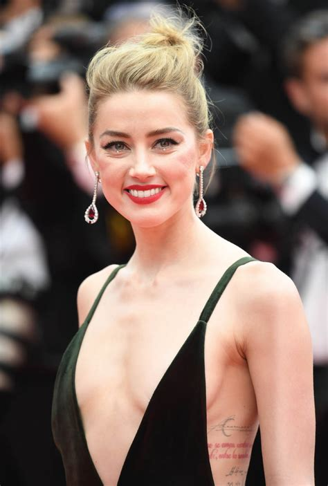 Amber Heard's Glorious Valentino Dress At Cannes Premiere