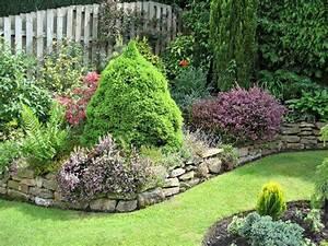 Gartengestaltung Kleine Gärten Bilder : 83 wundersch ne kleine g rten ~ Lizthompson.info Haus und Dekorationen