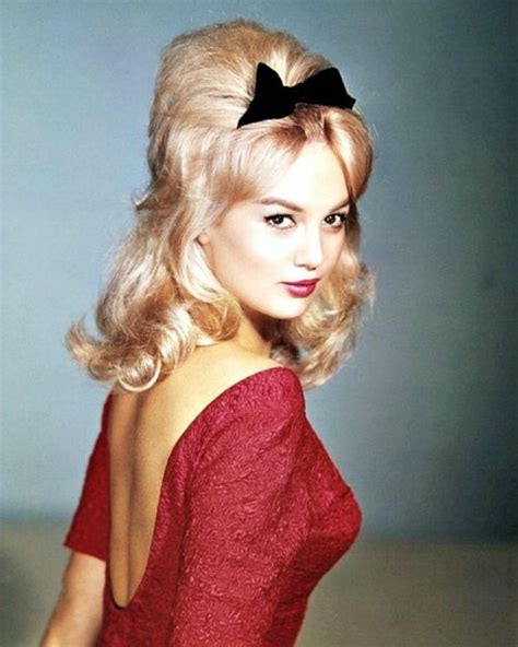 60s Pin Up Hairstyles by 98 Best Pin Up Hair Images On Make Up Looks