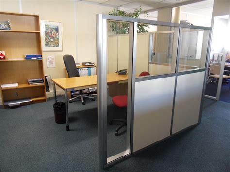 les de bureaux les cloisons modulaires mi hauteur espace cloisons alu