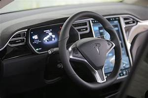 2016 Tesla Model X Priced from $81,200 to $116,700