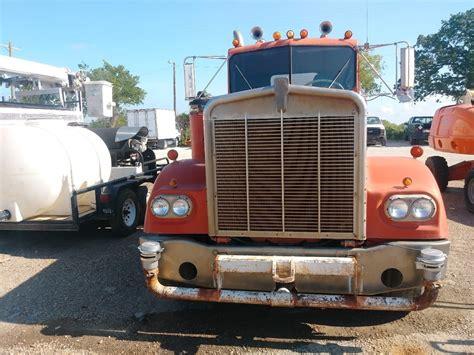 trade trucks kenworth 1982 kenworth w900 weatherford tx 122371695
