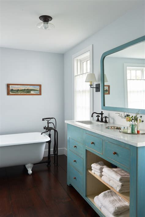 farmhouse renovation    town country living