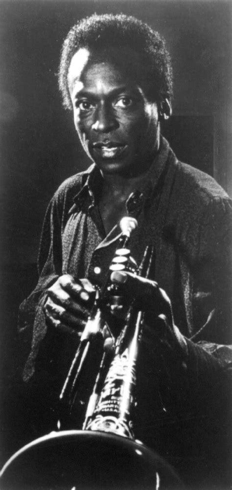 Miles Davis Bio, Wiki 2017 - Musician Biographies