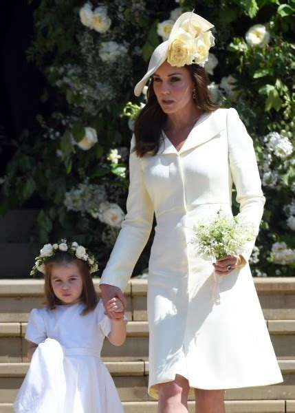 mariage harry et meghan robe kate kate middleton au mariage de harry et meghan