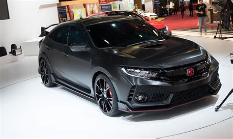 honda civic 2017 honda civic type r previewed in paris photos 1 of 8
