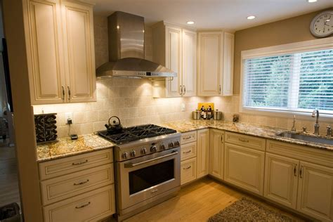 Medium Kitchen Remodeling And Design Ideas And Photos. Drawing Ideas Wolves. Art Ideas Outside. Ensuite Bathroom Ideas Design. Woodworking Plans Baby Cradle. Kitchen Makeover Ideas Pinterest. Picture Hanging Ideas For Walls. Vanity Plate Ideas Mustang. Painting Vanity Ideas