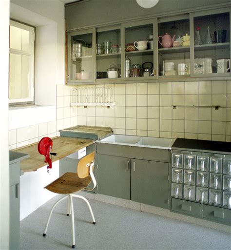 frankfurter küche frankfurt frankfurt kitchen by margarete sch 252 tte lihotsky mostly images by dunya