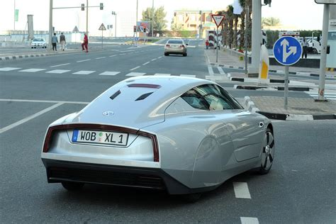 Efficient Car In The World by New Volkswagen Xl1 Introducing The Most Fuel Efficient