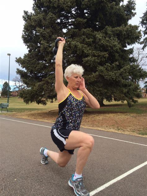 kettlebell lunges lung lb balance leg working training