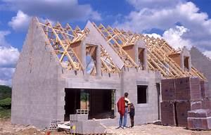 Materiaux Construction Maison : maison en construction bioooz ~ Carolinahurricanesstore.com Idées de Décoration