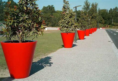 gros pot de fleur plastique pots de fleurs g 233 ants mobilier de jardin rangement jeux am 233 nagement jardin 187 mobilier