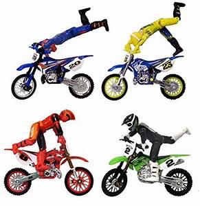 Amazon Dirt Bikes : hot wheels moto x dirt bike riding set 4 riders with ~ Kayakingforconservation.com Haus und Dekorationen