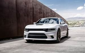 2015 Dodge Charger SRT Hellcat 3 Wallpaper HD Car