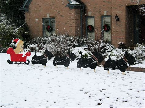 Santa Sleigh Scottie Style...this Is One Yard Decoration I