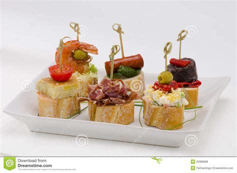 cuisine espagnole tapas cuisine espagnole tapas plateau des montaditos images