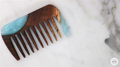 diy resin  wood combs diy huntress
