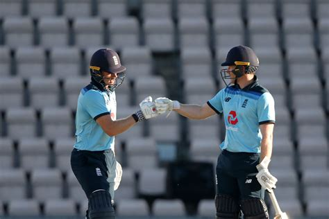 England vs Ireland: David Willey, Sam Billings Star As ...