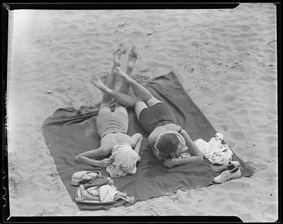Sunbathing Bathing Jones Beauties Leslie Revere Playing