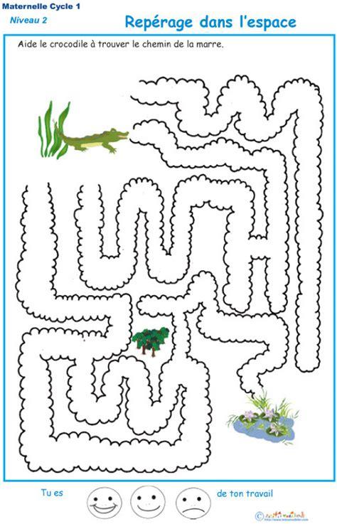 exercice  reperage dans lespace labyrinthe  tete