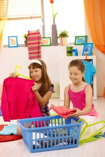 How To Encourage Kids To Clean Their Rooms  Sippy Cup Mom