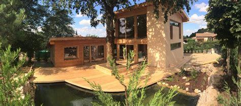maison en bois drome les avantages 233 cologiques du chalet en bois non class 233