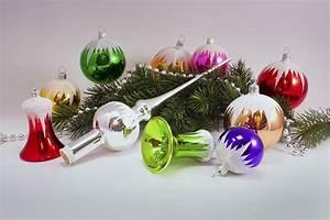 Weihnachtskugeln Aus Lauscha : 21 teiliges set bunt mit schneedach christbaumkugeln ~ Orissabook.com Haus und Dekorationen