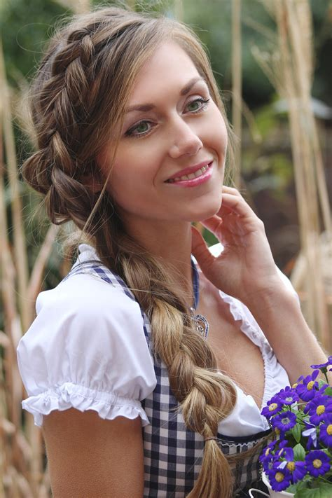 easy dirndl hairstyle tutorial skinnycature