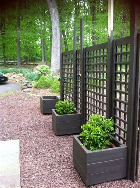 Outdoor Privacy Trellis by Trellis Diy Movable Privacy Screen Brattle Fence